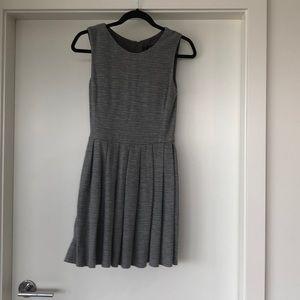 Aritzia grey schoolgirl/work dress in size 2